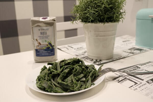 BLUE PASTA WITH SPINACH